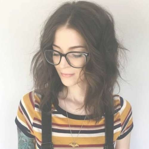 30 Top Shoulder Length Hair Ideas To Try (Updated For 2018) In Most Up To Date Medium Haircuts With Glasses (View 15 of 25)