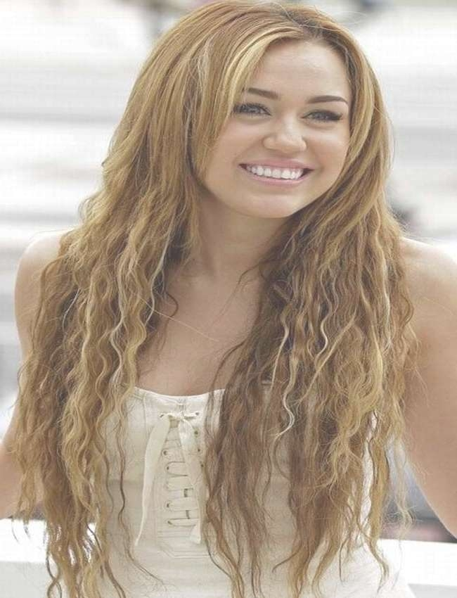 310 Best Hairstyles For 2016 Images On Pinterest | Hair Colour Throughout Most Recent Miley Cyrus Medium Haircuts (View 25 of 25)