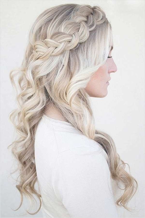34 Easy Homecoming Hairstyles For 2018 Short,medium & Long Pertaining To Best And Newest Homecoming Medium Hairstyles (View 4 of 15)