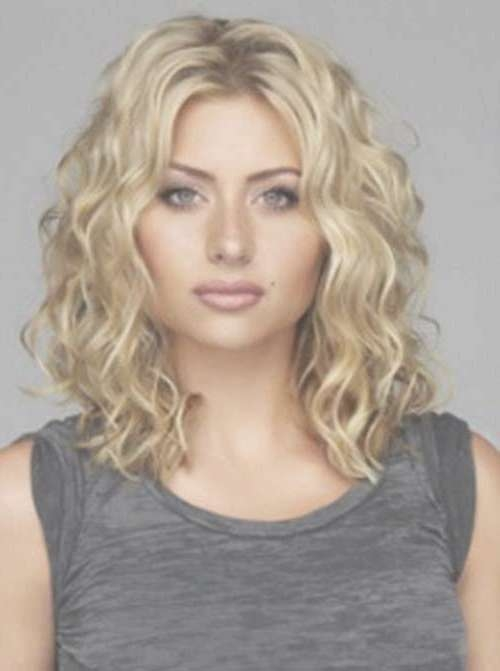 35 Medium Length Curly Hair Styles | Hairstyles & Haircuts 2016 – 2017 Inside Best And Newest Curly Hair Medium Hairstyles (View 2 of 25)