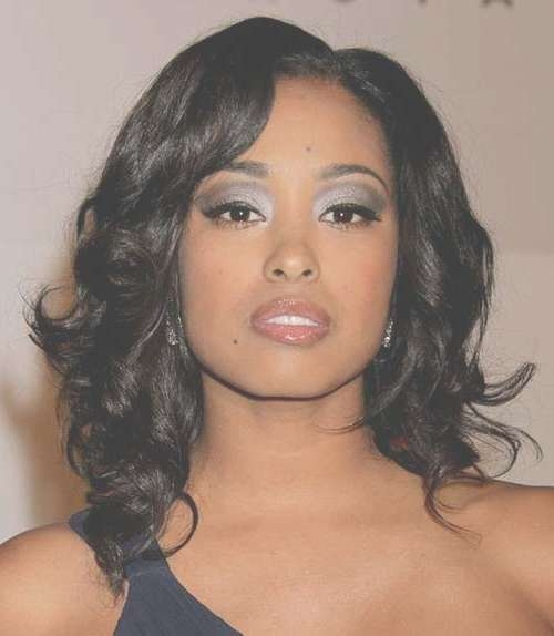 35 Medium Length Curly Hair Styles   Hairstyles & Haircuts 2016 – 2017 Pertaining To Current Medium Haircuts For Black (View 8 of 25)