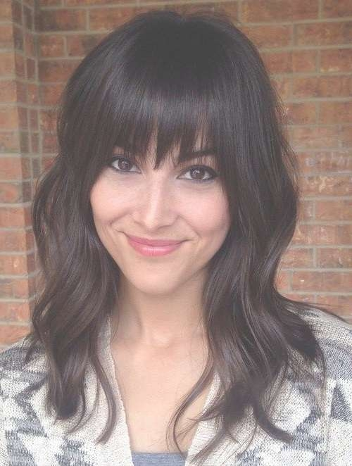 36 Modern Medium Hairstyles With Bangs For A New Look | Medium For Most Current Medium Haircuts With Fringe (View 16 of 25)