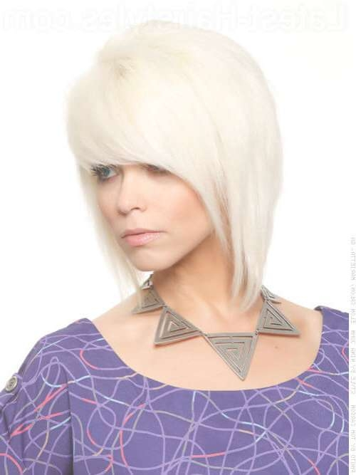38 Chic Medium Shag Hairstyles & Haircuts For Women 2018 Inside Most Current Dramatic Medium Hairstyles (View 2 of 15)
