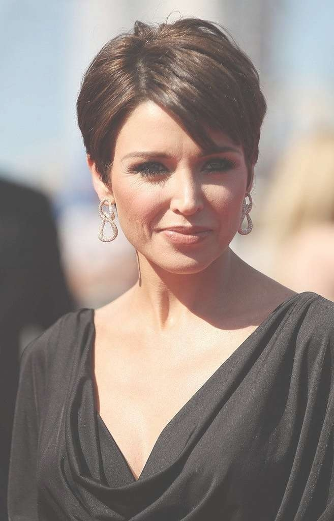 kris jenner hair style kris jenner s haircut haircuts models ideas 4266