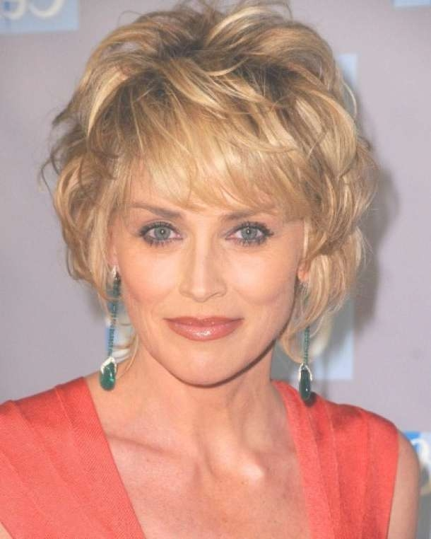 40 Best Short Hairstyles For Thick Hair 2018 – Short Haircuts For Intended For Most Up To Date Medium Hairstyles For Thick Hair Over  (View 3 of 15)