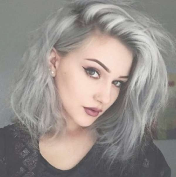 40 Inspiring Grey Hair Styles For Women To Try In 2017 – Stylishwife With Latest Medium Hairstyles For Grey Haired Woman (View 3 of 25)
