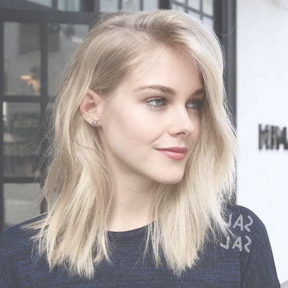 40 Most Flattering Medium Length Hairstyles For Thin Hair – Style For Newest Medium Hairstyles Thin Hair (View 3 of 25)