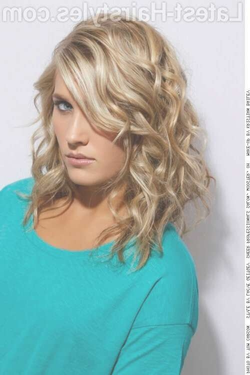 40 Perfect Hairstyles For Thick Hair (Popular For 2018) With Regard To Most Recently Medium Haircuts For Thick Curly Frizzy Hair (View 12 of 25)