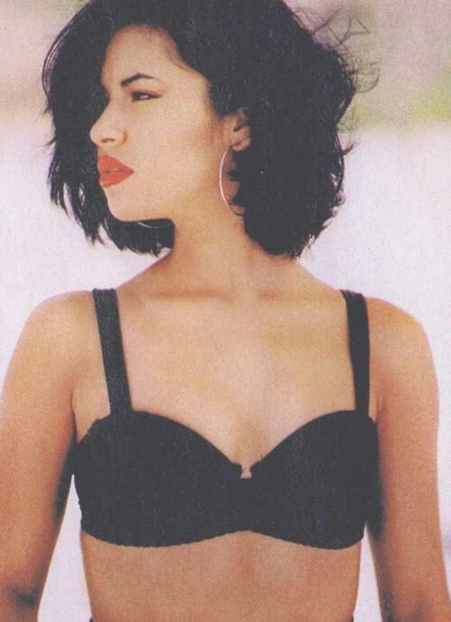 View Photos Of Selena Quintanilla Bob Haircuts Showing 1