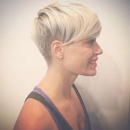 45 Smartest Undercut Hairstyles For Women To Rock [2018] Inside Latest Undercut Medium Hairstyles For Women (View 8 of 25)