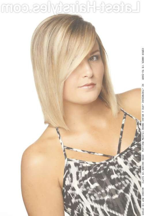 45 Super Cute Medium Haircuts And Hairstyles Intended For Current Medium Hairstyles Swept Off The Face (View 5 of 15)