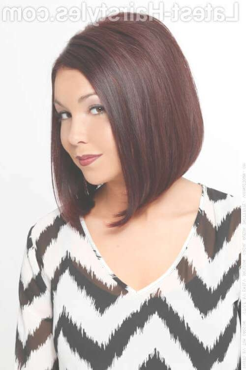 48 Perfect Hairstyles For Round Faces Trending 2018 Throughout Most Popular Flattering Medium Haircuts For Fat Faces (View 22 of 25)
