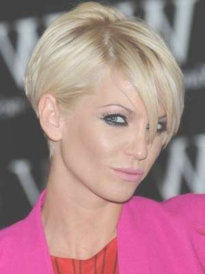 49 Best Ear Tuck Hairstyles Images On Pinterest | Hair, Hair Dos Regarding Bob Haircuts Tucked Behind The Ears (View 19 of 25)