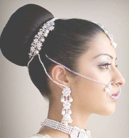 5 Stunning Indian Wedding Hairstyles For Medium Length Hair – My With Recent Indian Bridal Medium Hairstyles (View 4 of 25)