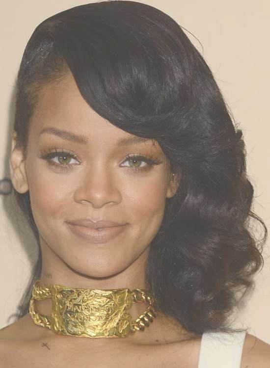 50 Best Rihanna Hairstyles Throughout Most Up To Date Medium Hairstyles With Shaved Sides (View 22 of 25)