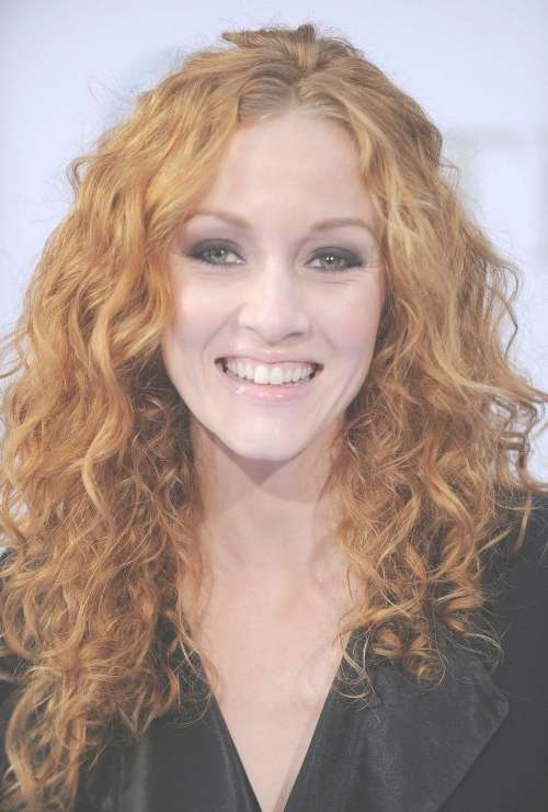 50 Hairstyles For Frizzy Hair To Enjoy A Good Hair Day Every Day In Most Recently Medium Haircuts For Wavy Frizzy Hair (View 24 of 25)