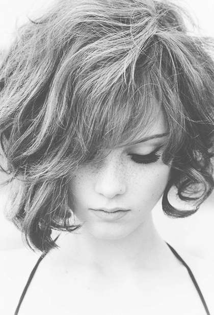 8 Best Hairstyles For Frizzy Hair Regarding Most Popular Medium Haircuts For Frizzy Wavy Hair (Gallery 13 of 25)