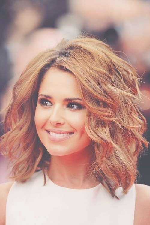 8 Easy Medium Wavy Hairstyle Ideas – Popular Haircuts Intended For Current Wispy Medium Haircuts (Gallery 13 of 25)