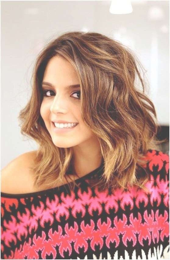 8 Easy Medium Wavy Hairstyle Ideas – Popular Haircuts With Regard To Most Up To Date Thick Wavy Medium Haircuts (Gallery 17 of 25)