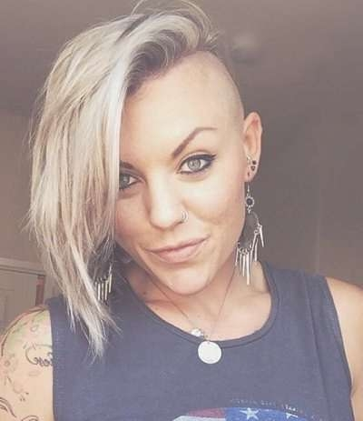 83 Latest Layered Hairstyles For Short, Medium And Long Hair Regarding Newest Medium Hairstyles With Both Sides Shaved (Gallery 10 of 15)