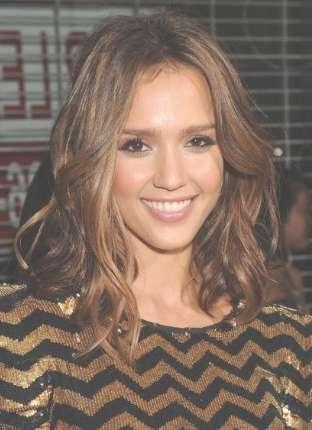 Alba's Medium Wavy Hairstyle Inside Most Recently Jessica Alba Medium Haircuts (View 15 of 25)