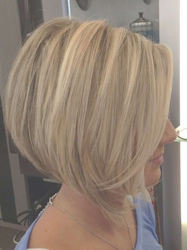 Angled Bob Haircut With Layers – Hairstyles Weekly With Angled Bob Haircuts (View 19 of 25)