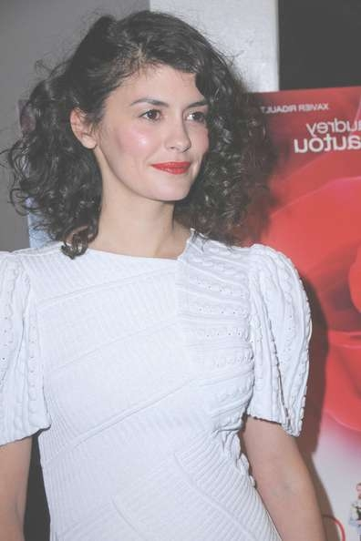 Audrey Tautou Prettiest Hairstyles And Haircuts – Hairstyle Insider In 2018 Audrey Tautou Medium Haircuts (View 7 of 25)