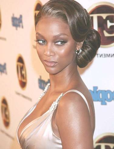 Banks Bun Hairstyle In Most Popular Tyra Banks Medium Hairstyles (View 6 of 15)