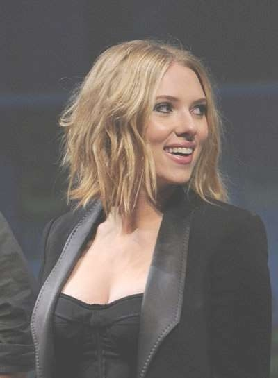 Beauty News Of The Morning: Scarlett Johansson Chopped Her Hair Throughout Most Recently Scarlett Johansson Medium Haircuts (View 18 of 25)