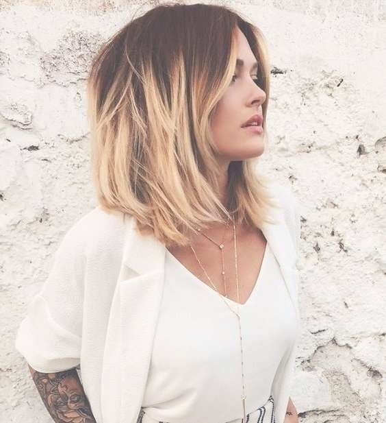 Best 25+ Bobs For Thick Hair Ideas On Pinterest   Bob Hairstyles For 2018 Medium Haircuts Bobs Thick Hair (View 20 of 25)