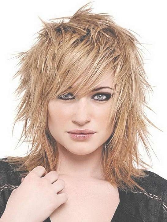 Best 25+ Edgy Medium Haircuts Ideas On Pinterest   Hair Cuts Edgy For Current Edgy Medium Haircuts For Thick Hair (View 9 of 25)