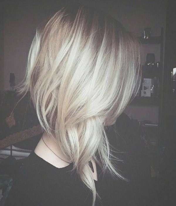 Best 25+ Edgy Medium Haircuts Ideas On Pinterest | Hair Cuts Edgy Throughout Most Current Inverted Medium Haircuts (View 14 of 25)