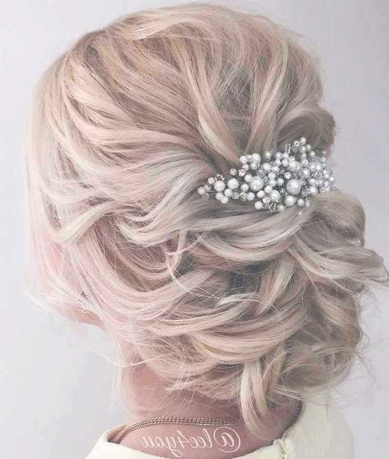 Best 25+ Elegant Wedding Hair Ideas On Pinterest | Elegant Wedding Throughout Latest Elegant Medium Hairstyles For Weddings (View 4 of 25)