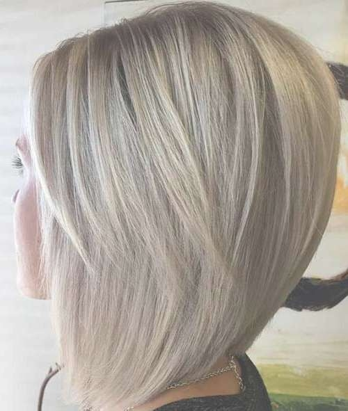Best 25+ Graduated Bob Medium Ideas On Pinterest | Long Graduated Regarding Most Popular Graduated Medium Haircuts (View 25 of 25)