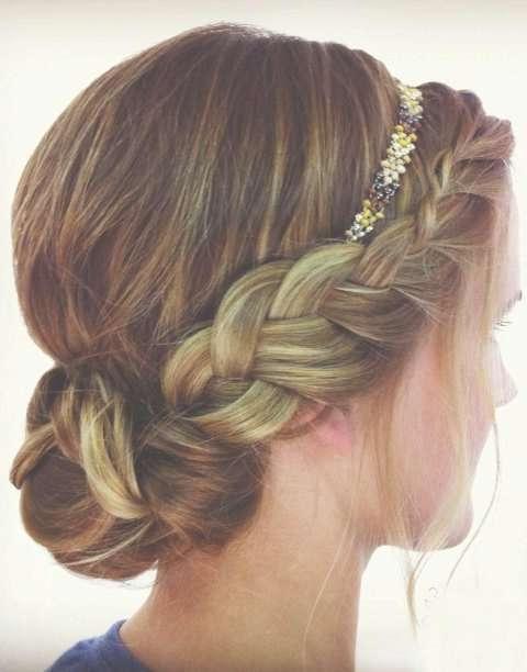 Best 25+ Hairstyles With Headbands Ideas On Pinterest | Headband Within Best And Newest Medium Hairstyles With Headband (View 12 of 15)