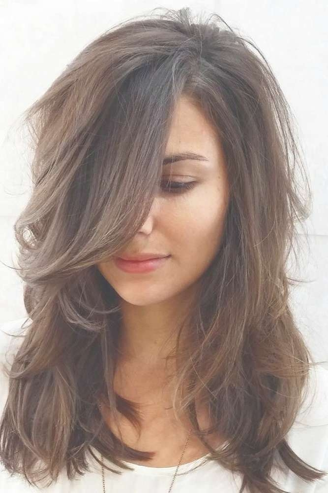 Best 25+ Heart Shaped Face Haircuts Ideas On Pinterest | Oval For Best And Newest Medium Hairstyles Heart Shaped Face (View 5 of 25)