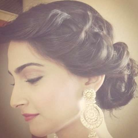 Best 25+ Indian Hairstyles Ideas On Pinterest | Indian Wedding With Latest Indian Bridal Medium Hairstyles (View 3 of 25)