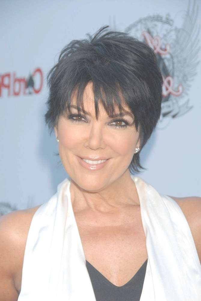 25 The Best Medium Haircuts Kris Jenner