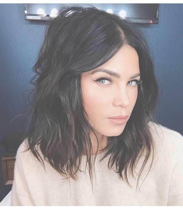 Best 25+ Medium Black Hair Ideas On Pinterest   Dark Lob, Black With Regard To 2018 Medium Haircuts For Black Hair (View 25 of 25)