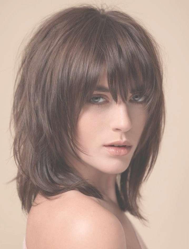 Best 25+ Medium Brunette Hairstyles Ideas On Pinterest | Medium With Most Popular Brunette Medium Hairstyles (View 2 of 15)
