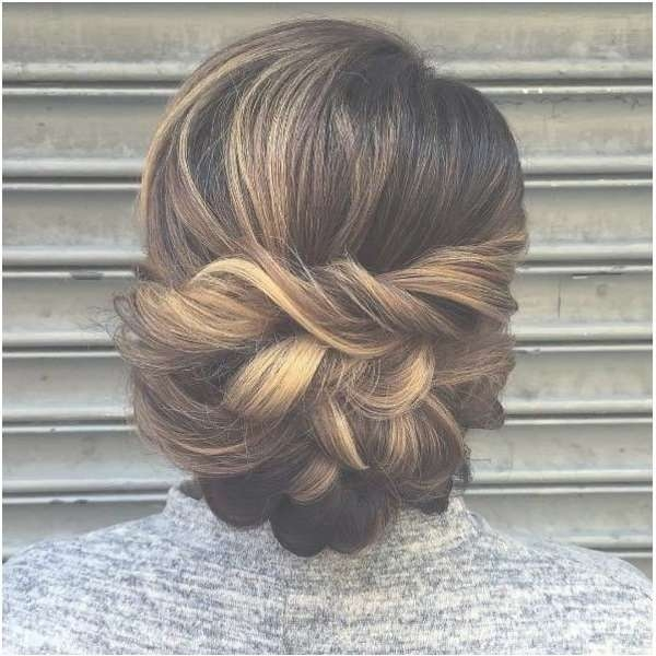 Best 25+ Medium Hair Updo Ideas On Pinterest | Hair Updos For In Most Popular Medium Hairstyles For Formal Event (View 8 of 15)