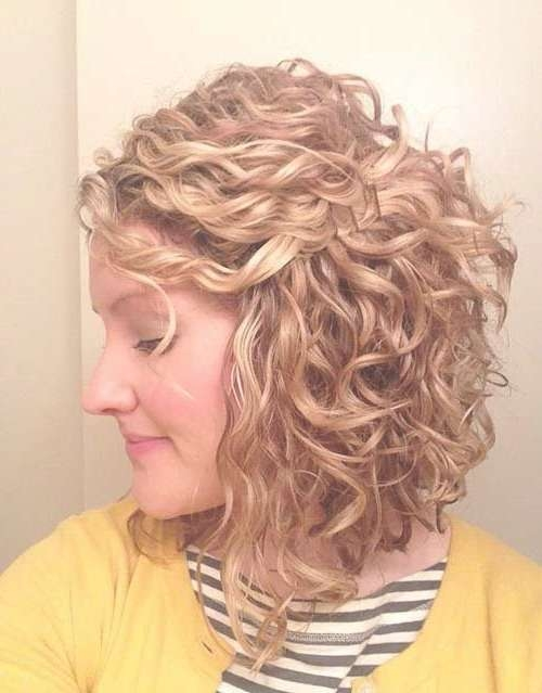 Best 25+ Medium Length Curly Hairstyles Ideas On Pinterest | Curly Regarding Most Recent Medium Haircuts For Naturally Curly Hair And Round Face (View 19 of 25)