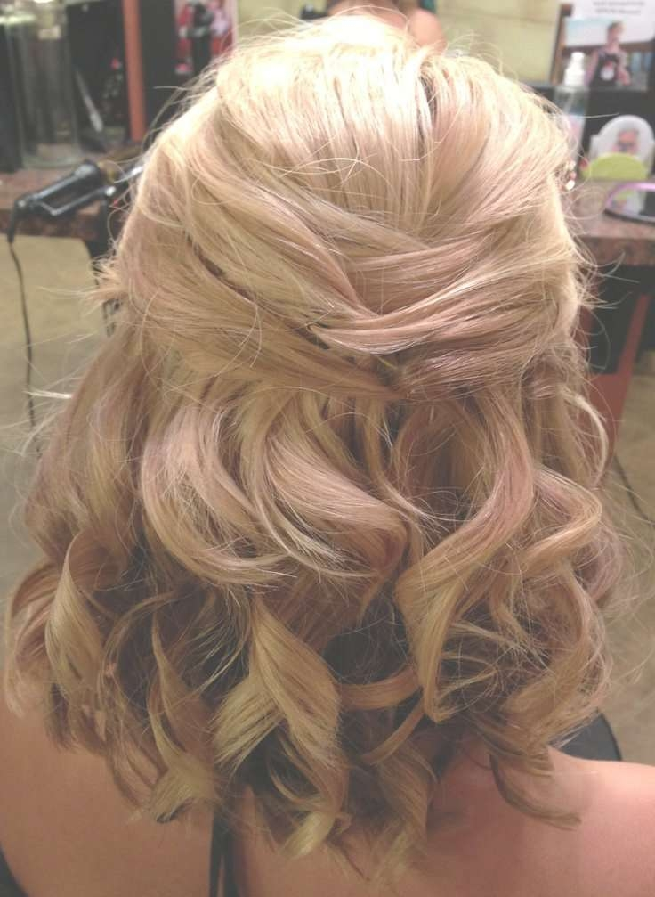 Best 25+ Medium Wedding Hair Ideas On Pinterest | Bridesmaid Hair With Best And Newest Medium Hairstyles For Weddings For Bridesmaids (View 4 of 15)