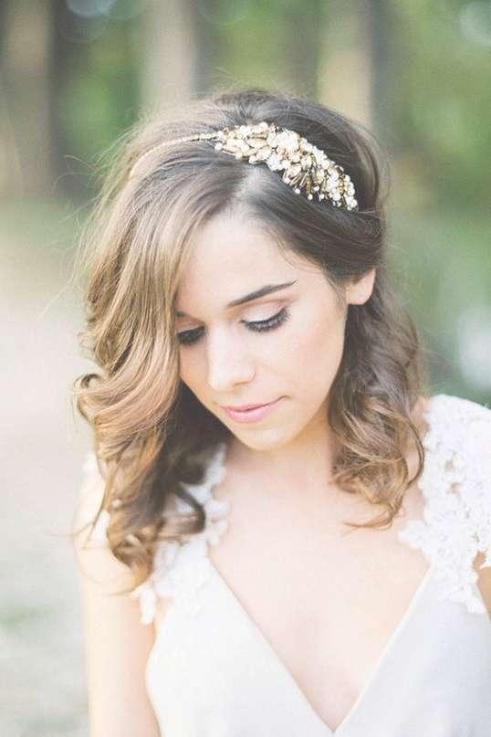 Best 25+ Medium Wedding Hairstyles Ideas On Pinterest   Wedding Throughout Current Medium Hairstyles With Headbands (View 12 of 25)