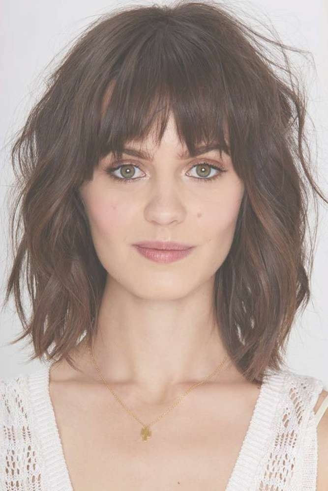 Featured Photo of Round Face Medium Hairstyles With Bangs