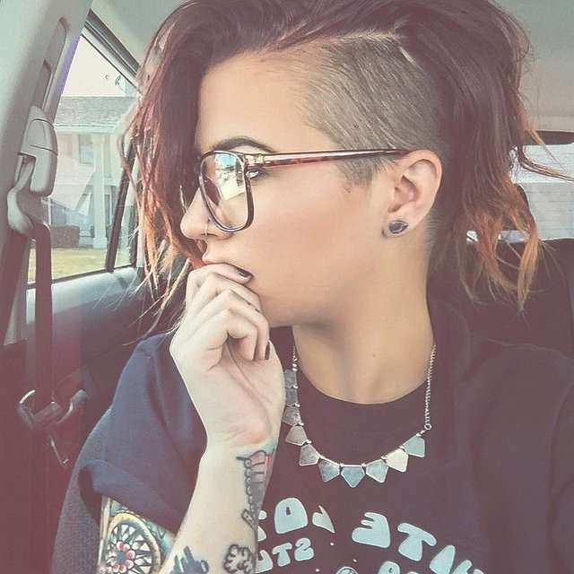 Best 25+ Shaved Side Hair Ideas On Pinterest | Shaved Side Throughout Most Recent Medium Haircuts With One Side Shaved (View 7 of 25)