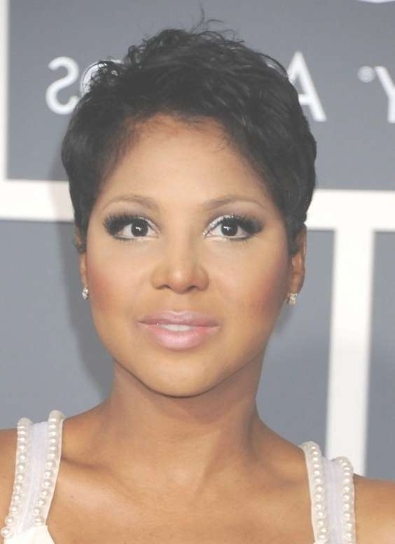 Best 25+ Short Haircuts For Ladies Ideas On Pinterest | Ladies For Most Up To Date Medium Haircuts For Round Faces Black Women (View 12 of 25)