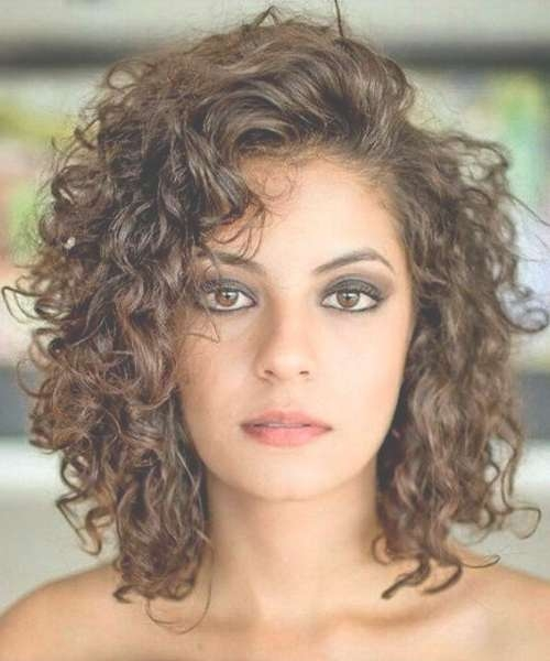 Best 25+ Shoulder Length Curly Hairstyles Ideas On Pinterest Throughout Best And Newest Medium Haircuts For Naturally Curly Hair (View 6 of 25)