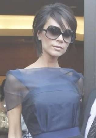 Best 25+ Victoria Beckham Short Hair Ideas On Pinterest | Victoria With Latest Victoria Beckham Medium Haircuts (View 6 of 25)