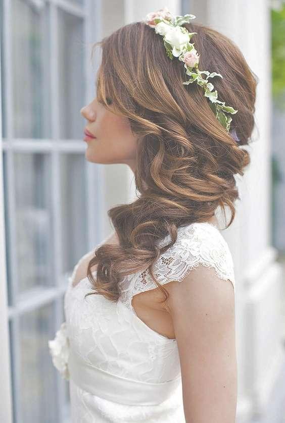 Best Bride Hairstyles For Medium Hair Regarding Most Popular Bridal Medium Hairstyles (View 12 of 25)